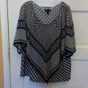 A studio blouse 1X